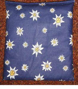 TraubenkernKissen Edelweiss blau