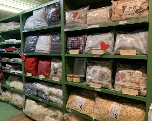 laden Arven und Schafwolle 1